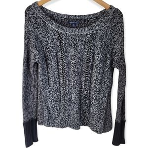 American Eagle Chunky Knit Black and White Sweater Size Small